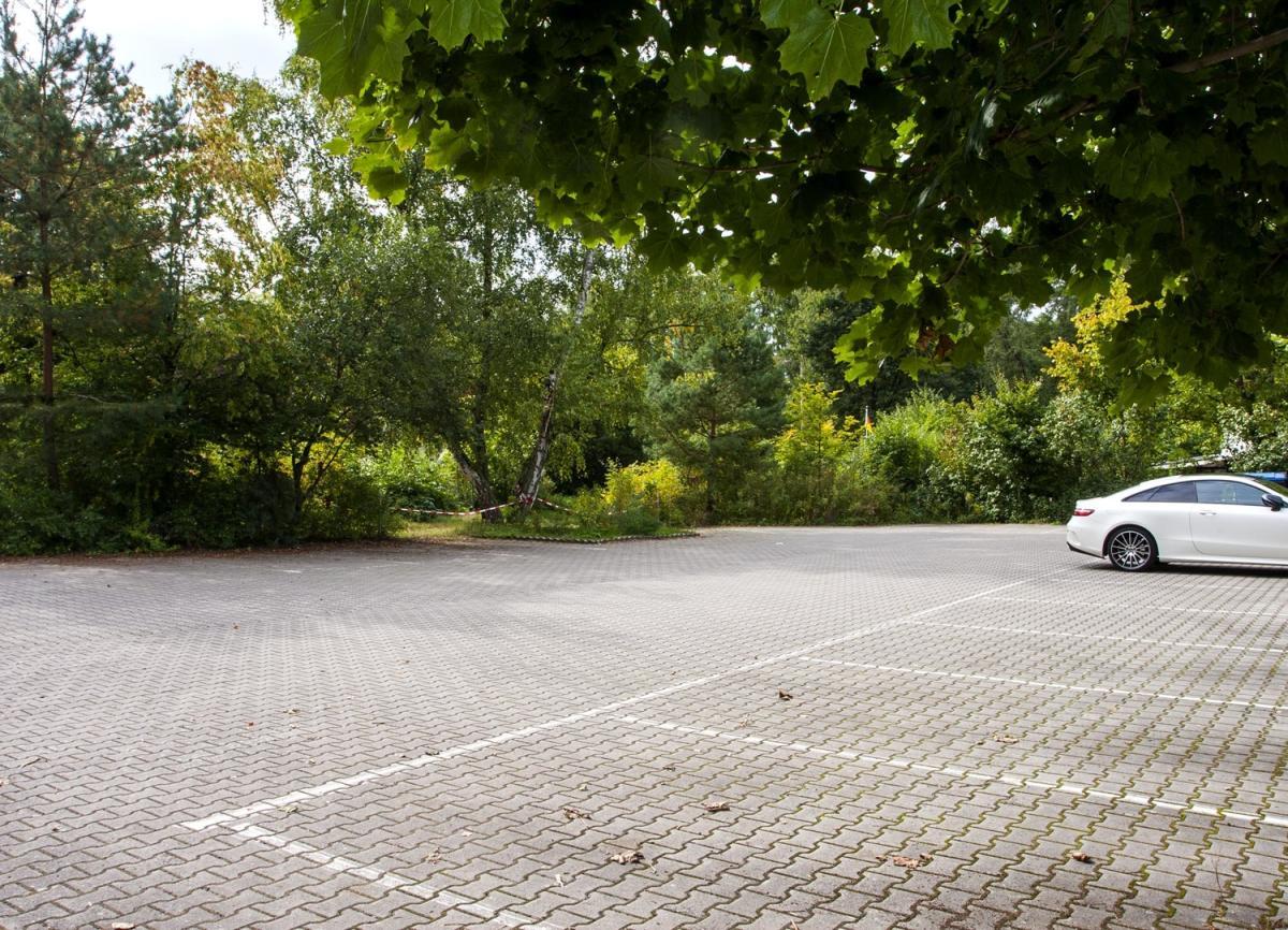 Parkplatz Ansicht 2