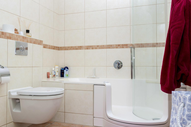 Badezimmer Ansicht2