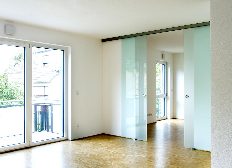 Wohnzimmer mit Arbeitszimmer