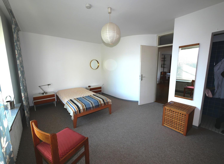 EG: Schlafzimmer Bild 1
