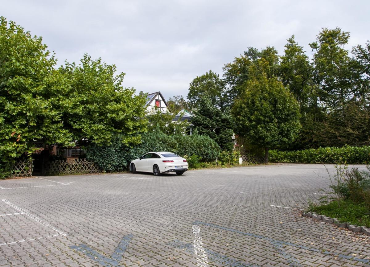 Parkplatz Ansicht 1
