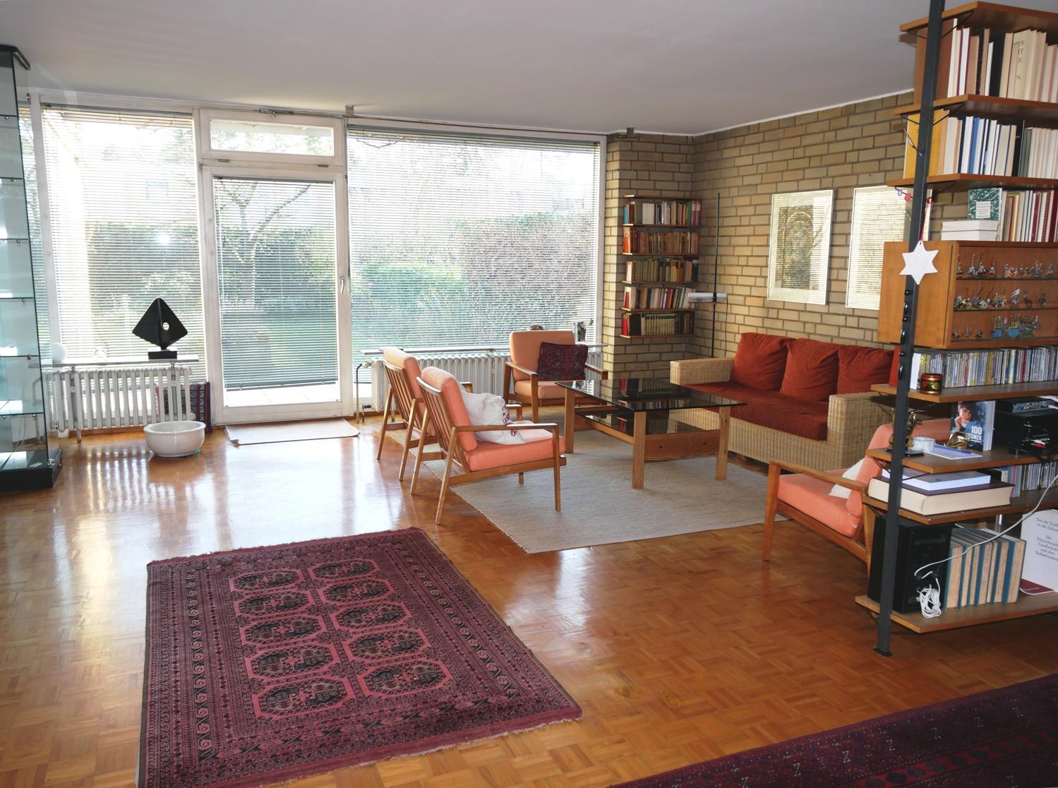 EG: Wohnzimmer Bild 3