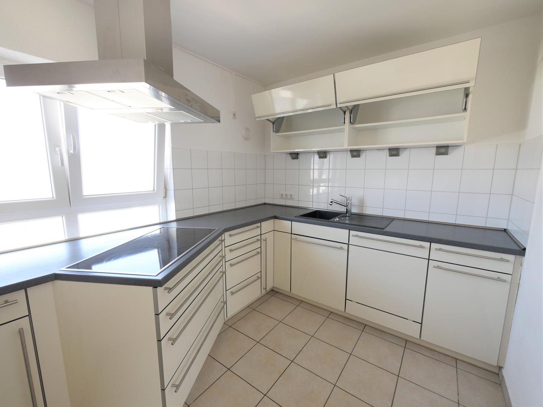 Küche mit EBK Bild 1