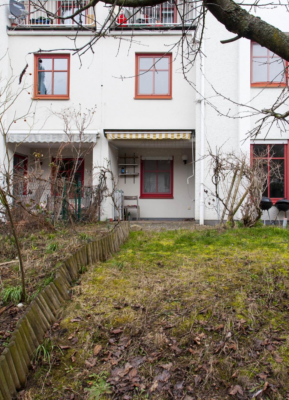 Hausansicht Garten 1