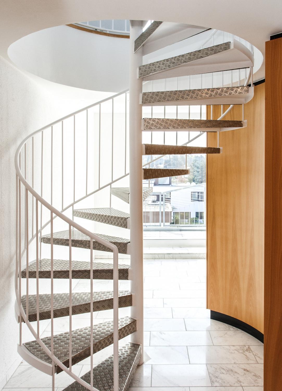 Treppe 2.OG Aufgang Ansicht1