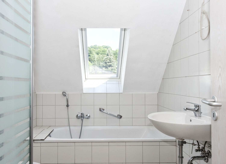 Badezimmer 2.DG Ansicht1