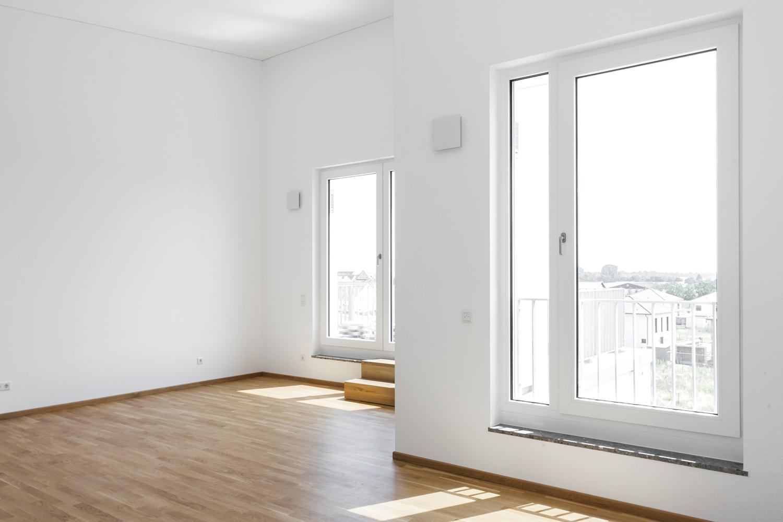 Wohnzimmer mit Terassenzugang