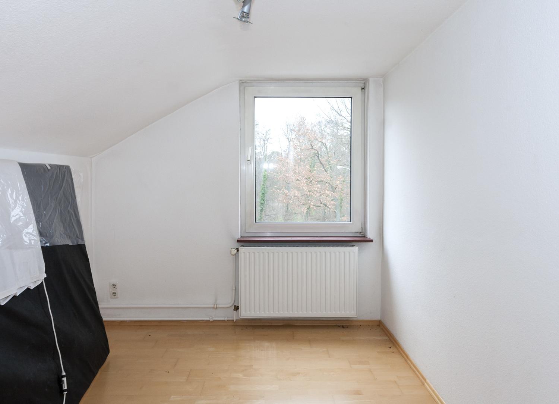 HS 143 Schlafzimmer2 DG