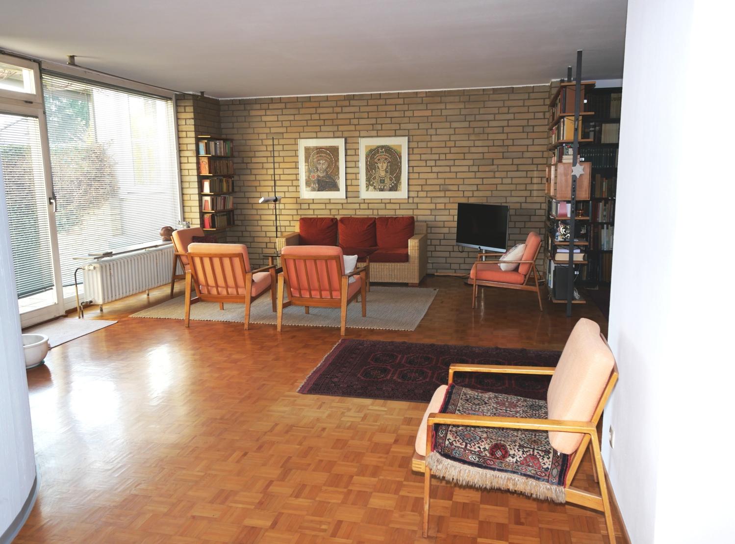 EG: Wohnzimmer Bild 1