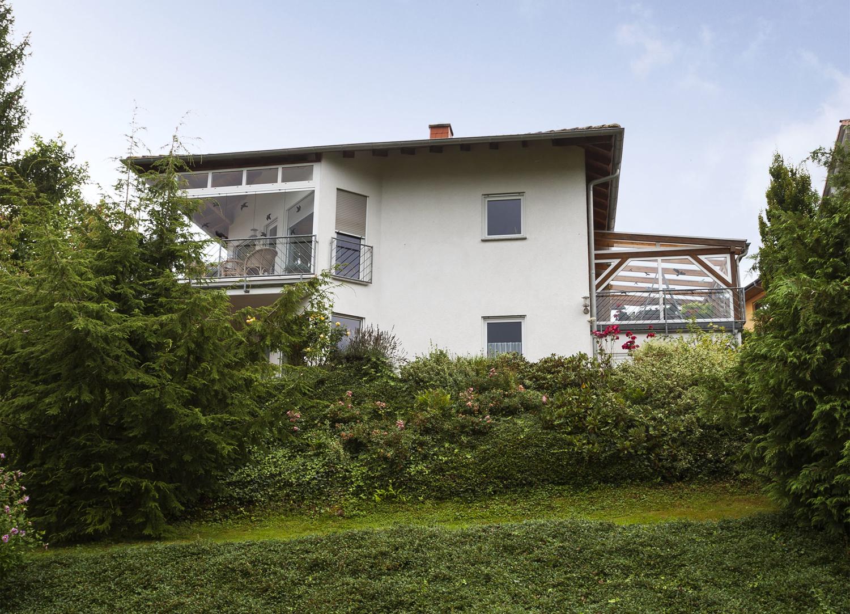 Einfamilienhaus in ruhiger exklusiver Erbacher Hanglage